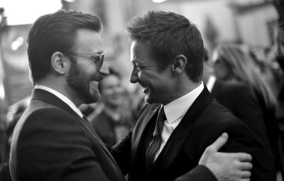 jeremy renner chris evans