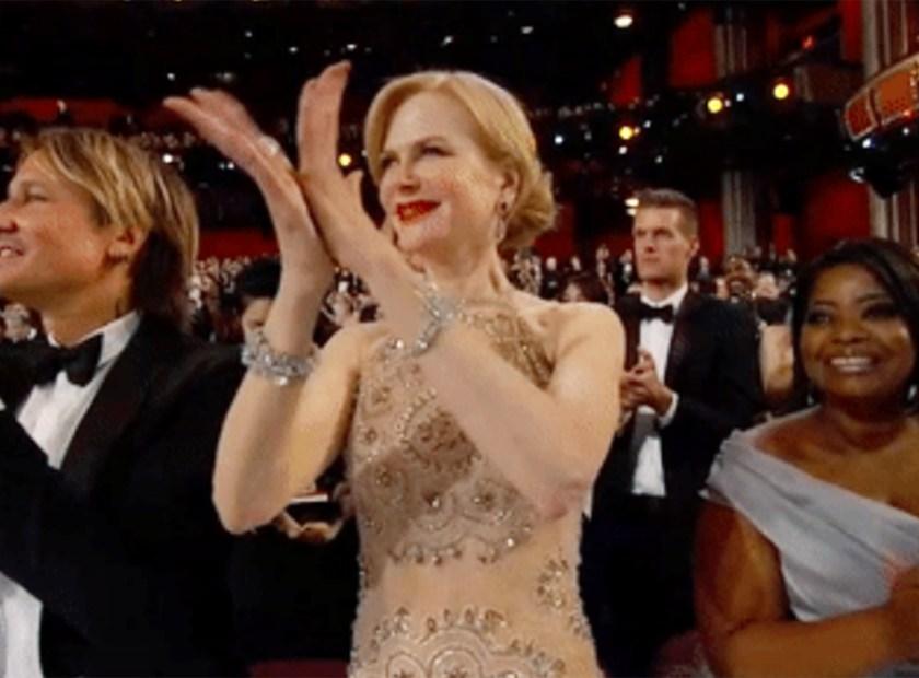 Nicole Kidman claps at Oscars