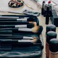 9 Makeup Brush Types You Need (and How to Use Them)