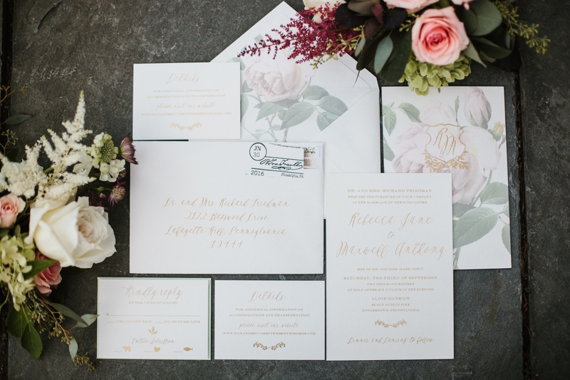 How to Organize Wedding RSVPs   www.thestyledbride.com