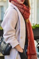 chunky-knit-red-scarf