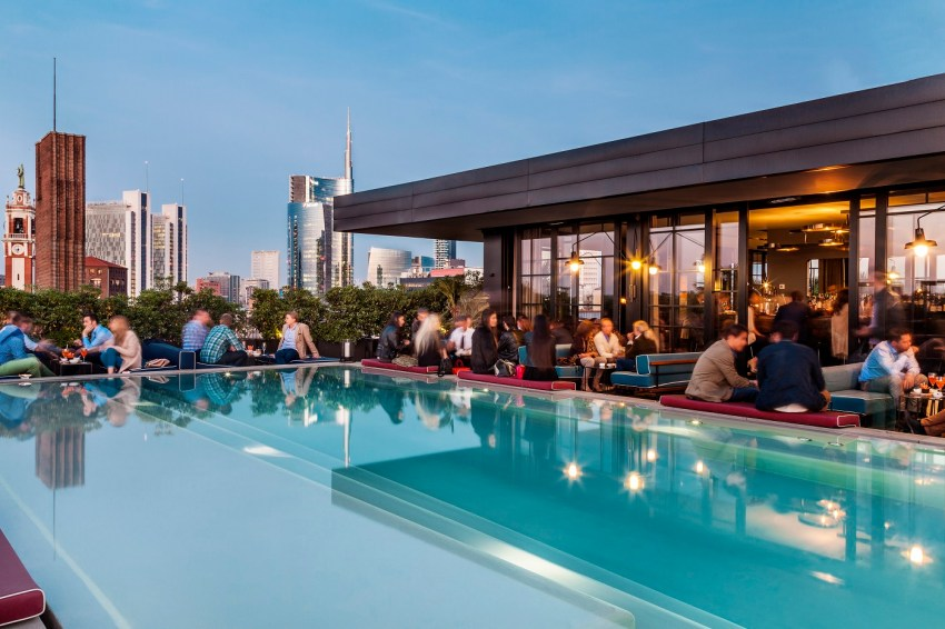 A cena da ceresio 7 la terrazza pi cool di milano the for Ceresio 7 ristorante milano