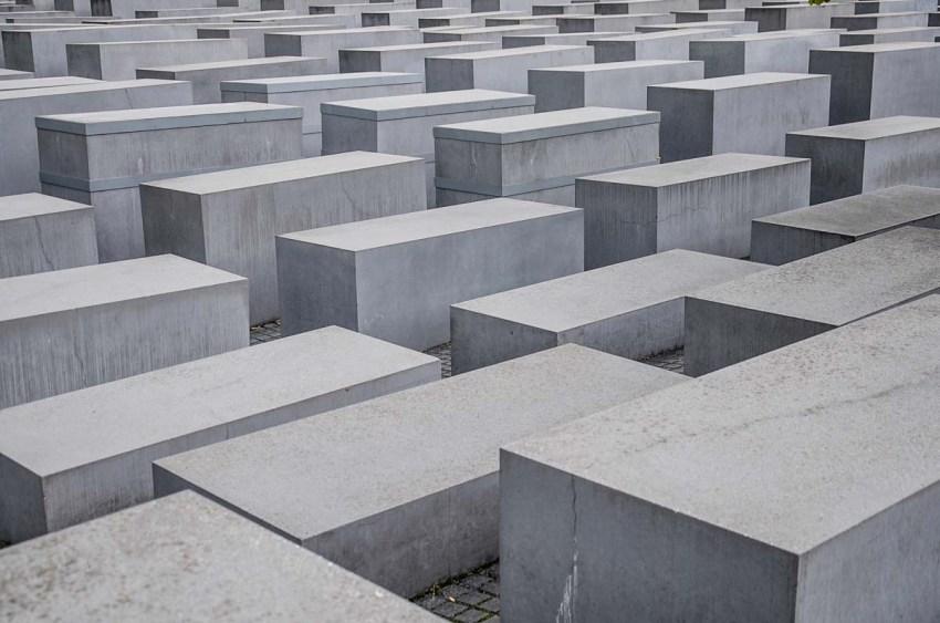Due giorni a Berlino. L'itinerario chic, indirizzi insiders - Memoriale Olocausto - thestylelovers.com