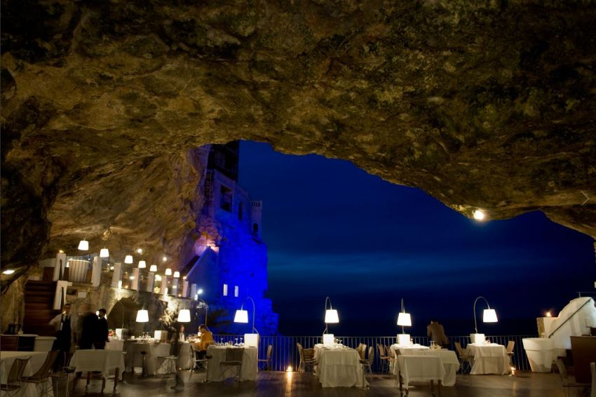 Grotta Palazzese restaurant Polignano a Mare Apulia - thestylelovers.com