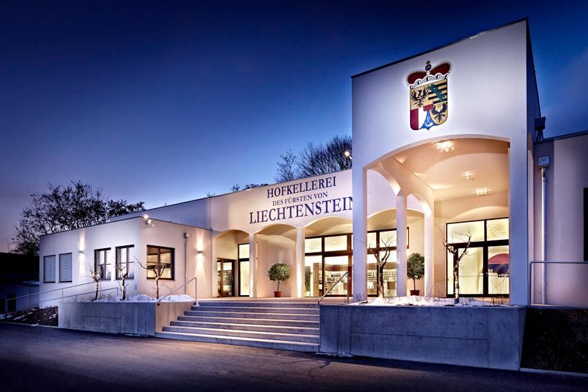 Una giornata di lusso e relax in Liechtenstein - Hofkellerei - thestylelovers.com