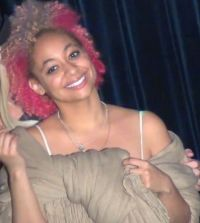 Raven Symone Joins In Two-Toned Trend With Pink and Blonde ...