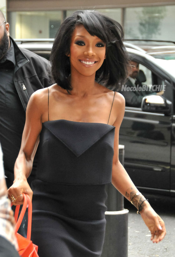 Brandy Stuns With Boucy Bob Haircut The Style News Network