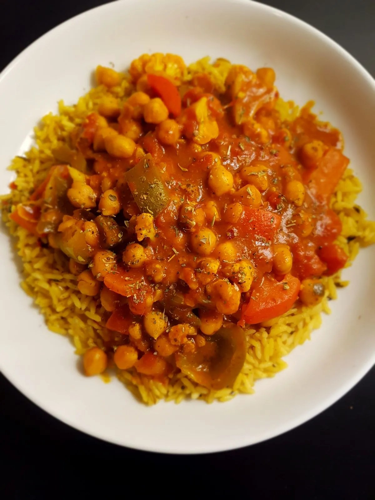 Tikka masala curry plant-based with chickpeas