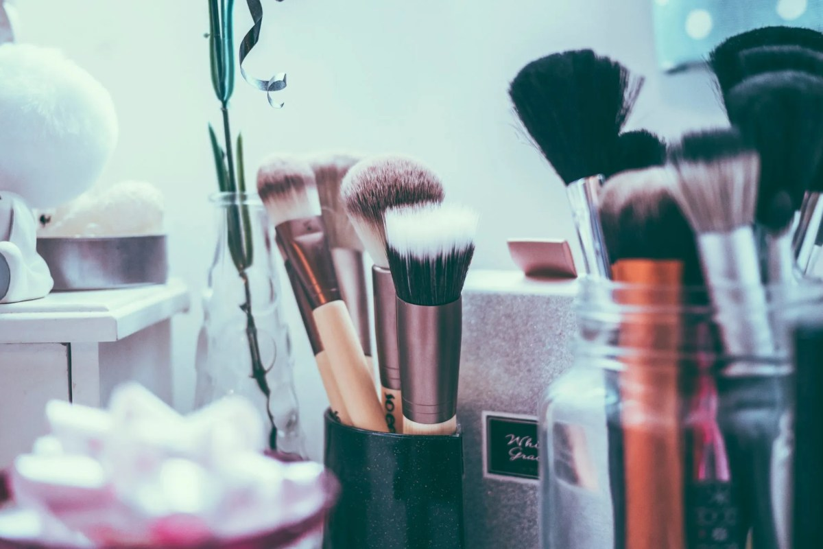 Confessions: Secrets of Cosmetic Counters