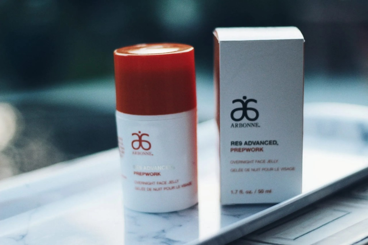 New Arbonne cruelty free skincare products hydrating gel overnight jelly - beauty blog UK - The Style of Laura Jane
