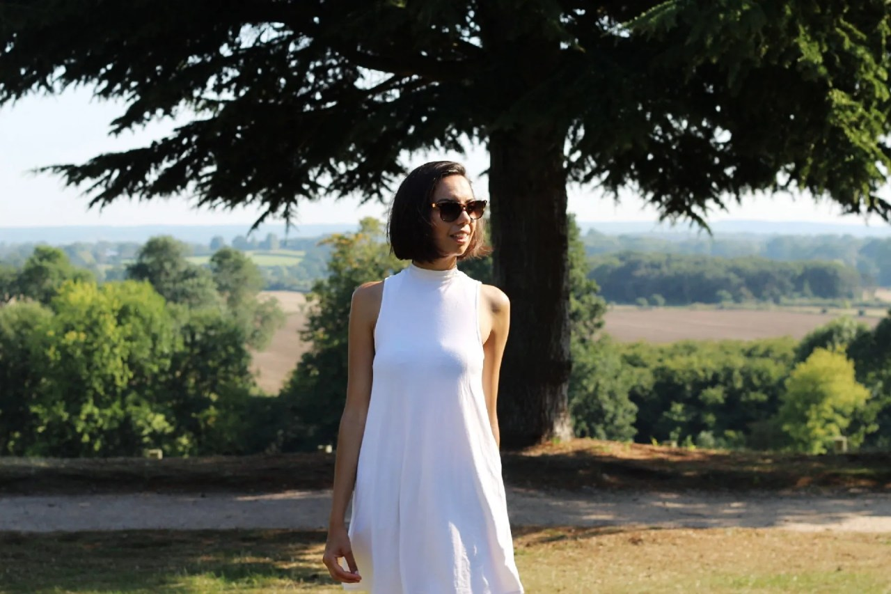 Unwanted help - girl with sunglasses standing in front of tree - lifestyle blog Surrey - The Style of Laura Jane