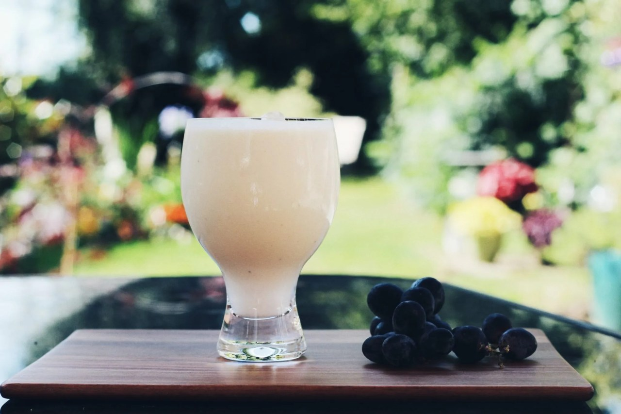 physical beauty over intelligence - smoothie in garden - lifestyle bloggers The Style of Laura Jane