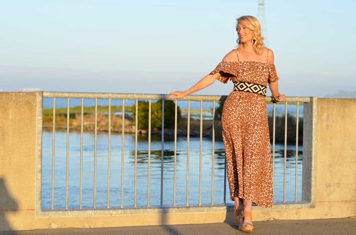 zimmerman leopard jumpsuit, vanessa seward black white belt // thestylesafari.com