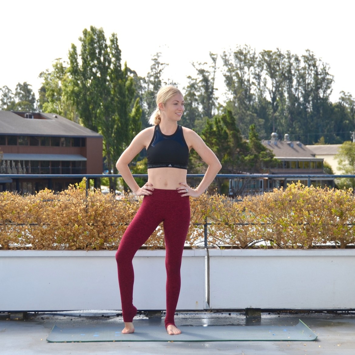 17 of the Best and Worst Yoga and Workout Pants, Review by Stefanie of The Style Safari