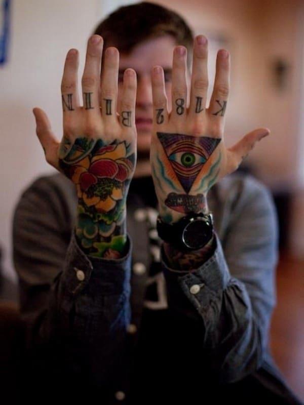hand-Tattoo-16