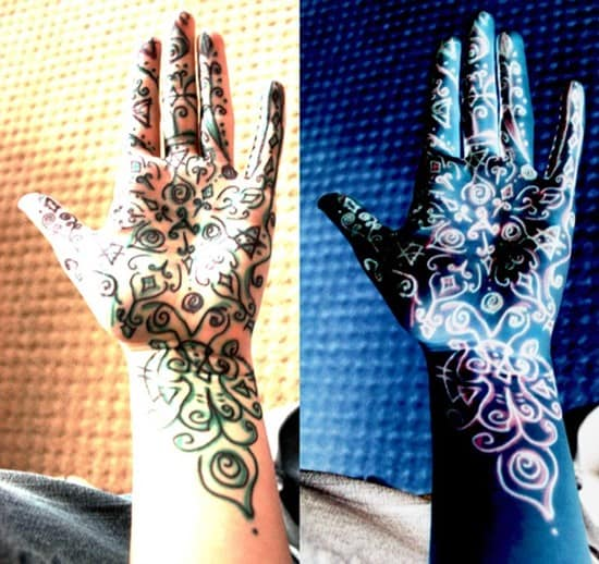 hand-tattoos-23