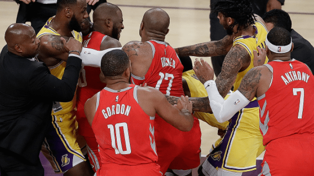 lakers-rockets-fight
