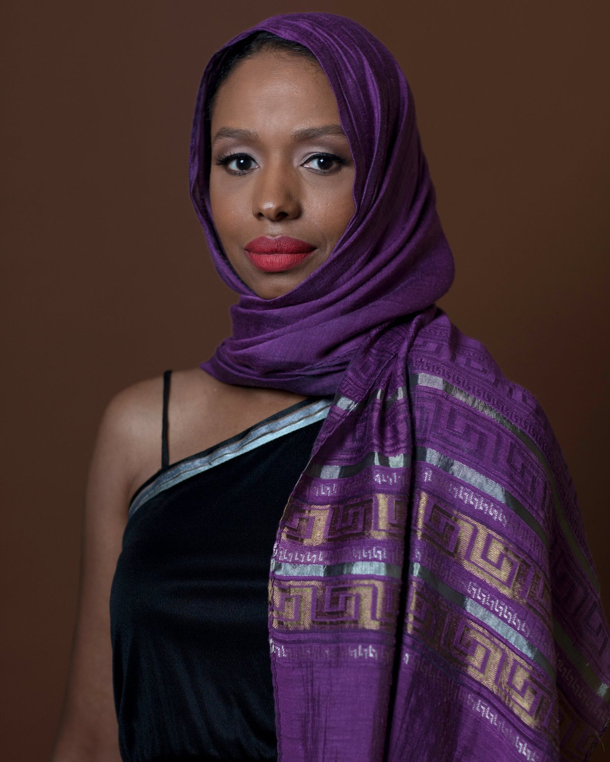 Hawkins in hijab, foto da Facebook