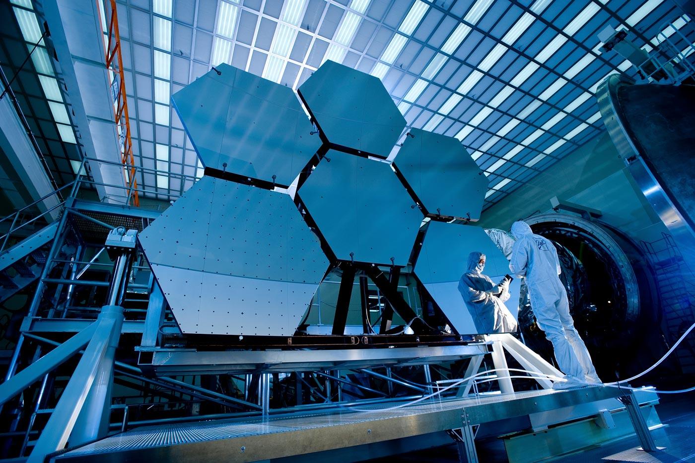 La Nasa ha cominciato a testare il telescopio più grande del mondo