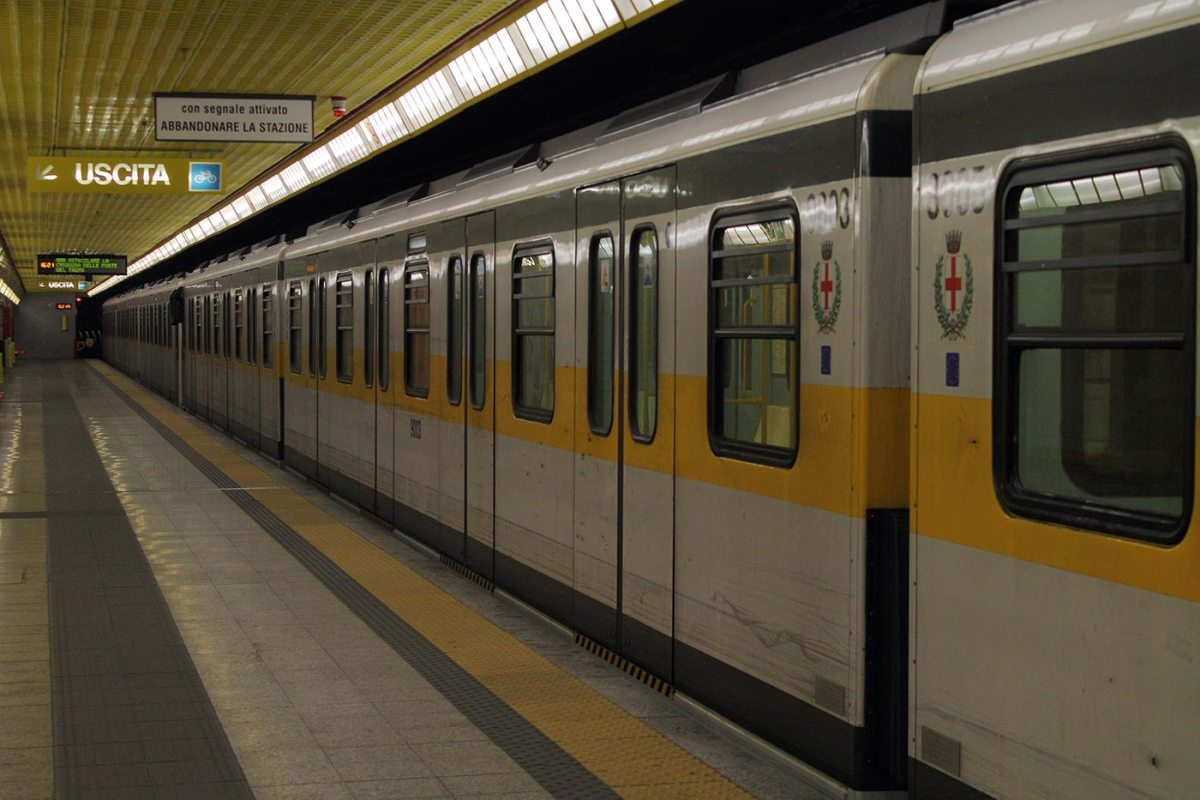 https://i0.wp.com/thesubmarine.it/wp-content/uploads/2017/02/Comasina_Milan_metro_-_linea_3_-_train.jpg?fit=1200%2C800&ssl=1