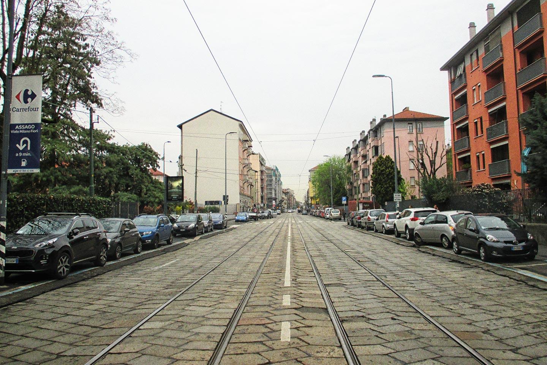 Da piazza Abbiategrasso alla Chiesa Rossa, lungo le vie della Stadera