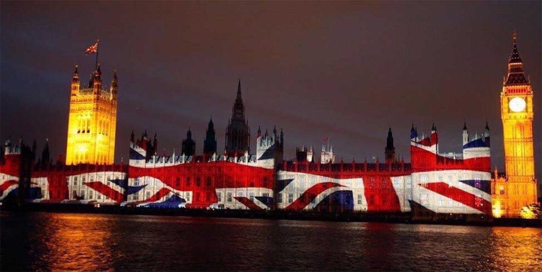 <em>Hello, World!</em> <br />L'attacco a Westminster