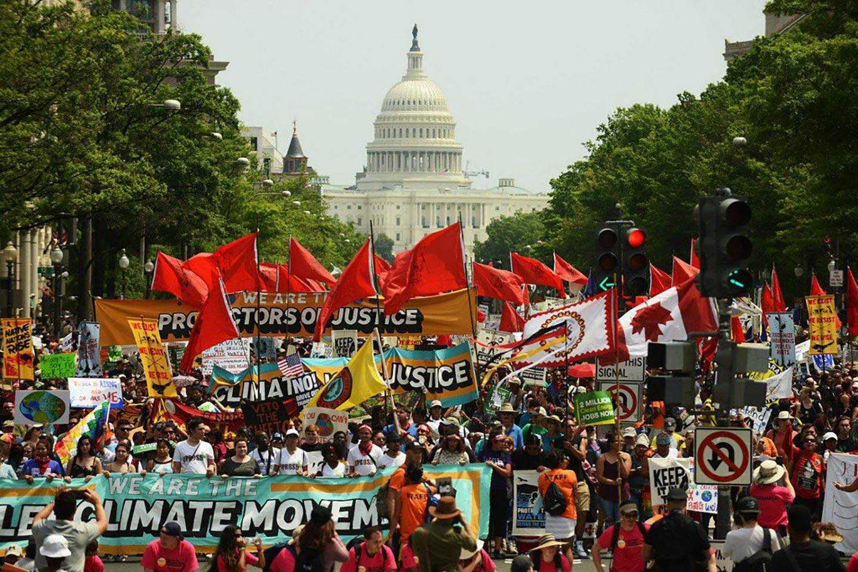 La marcia per il clima è il segno di una nuova resistenza