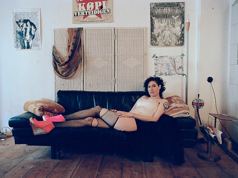 Sex workers: le immagini di Helena Falabino tra limiti, gigolo e società
