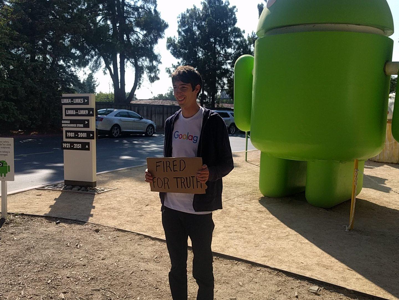 <em>Hello, World!</em> <br />L'alt–right contro Google