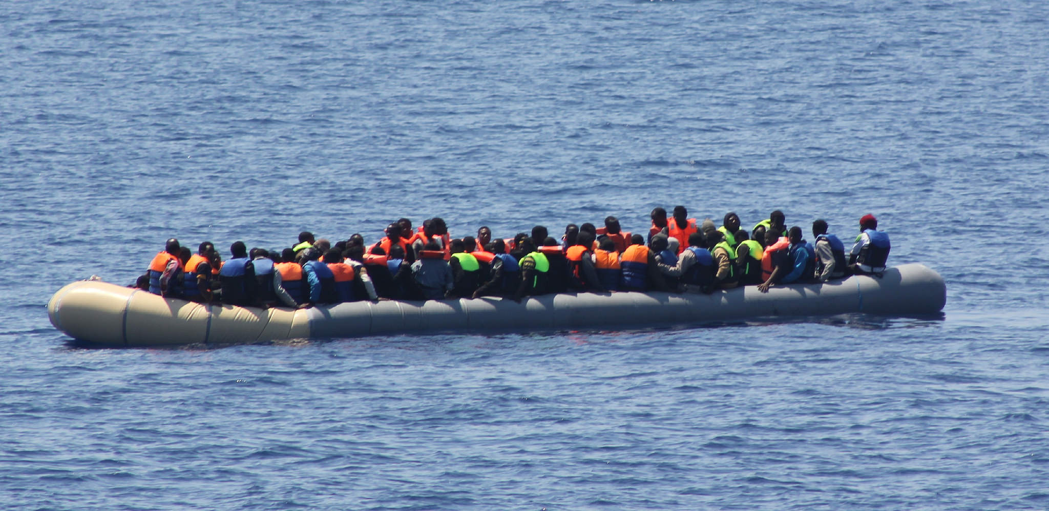 Come siamo diventati insensibili ai naufragi nel Mediterraneo