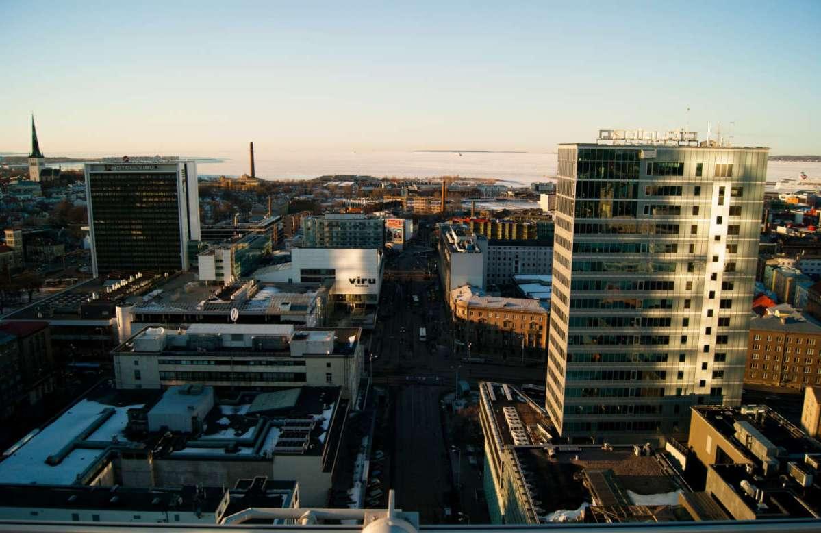 https://i0.wp.com/thesubmarine.it/wp-content/uploads/2017/10/Financial_district_of_Tallinn_and_Viru_center_8600420390.jpg?fit=1200%2C778&ssl=1