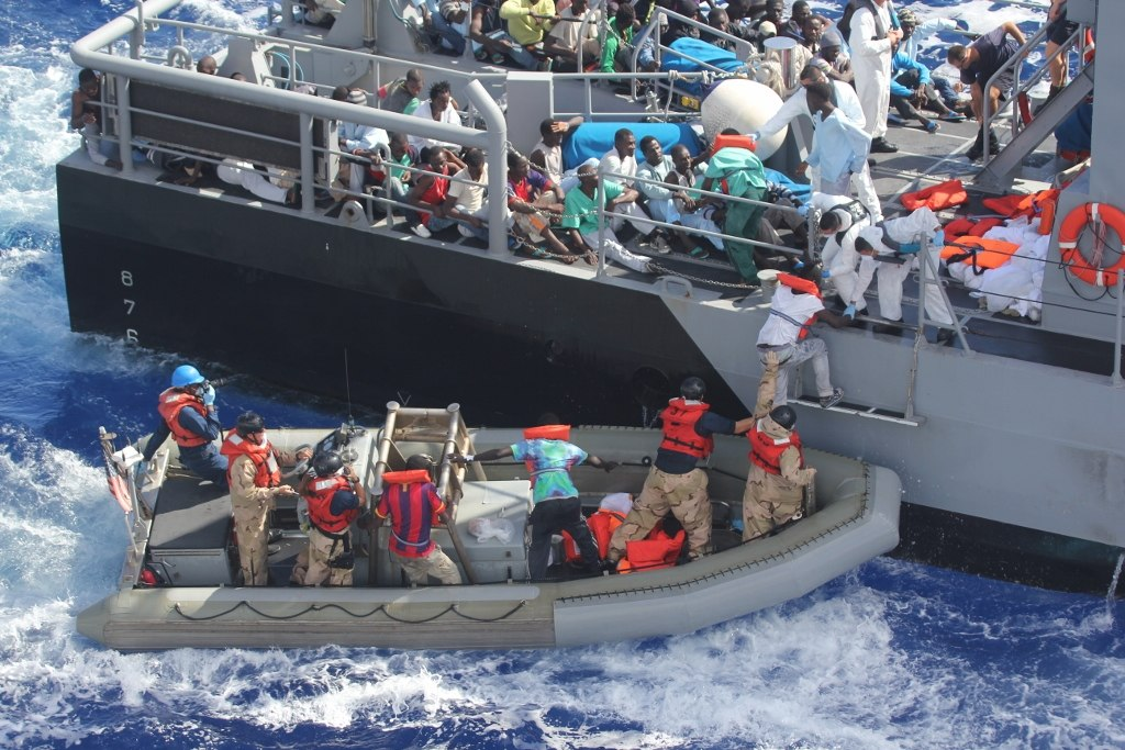 https://i0.wp.com/thesubmarine.it/wp-content/uploads/2017/11/Distressed_persons_are_transferred_to_a_Maltese_patrol_vessel..jpg?fit=1024%2C683&ssl=1