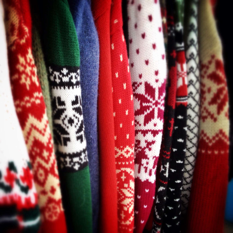 Comprate meno maglioni di Natale, davvero