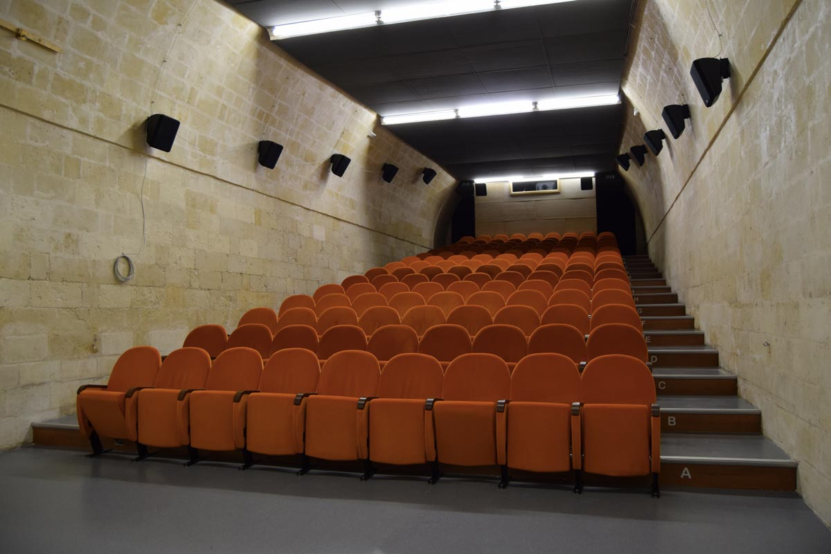 https://i0.wp.com/thesubmarine.it/wp-content/uploads/2017/12/Cinema-Il-Piccolo-a-Matera.jpg?fit=1200%2C800&ssl=1