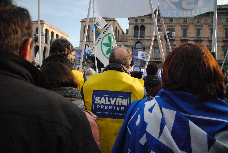 Cosa abbiamo visto al comizio di Salvini in piazza del Duomo