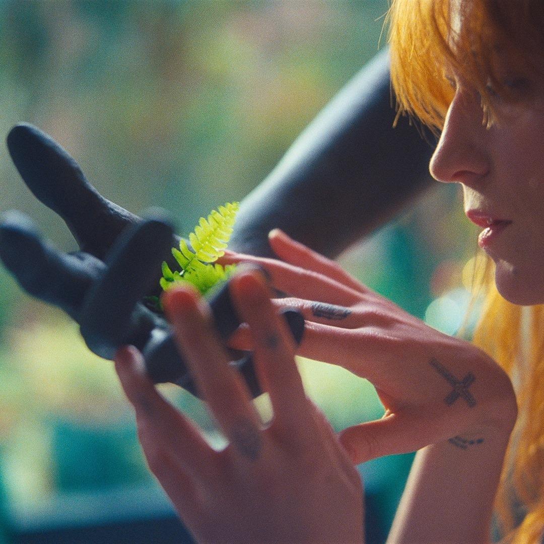 """C'è un nuovo singolo dei Florence + The Machine e si intitola """"Hunger"""""""