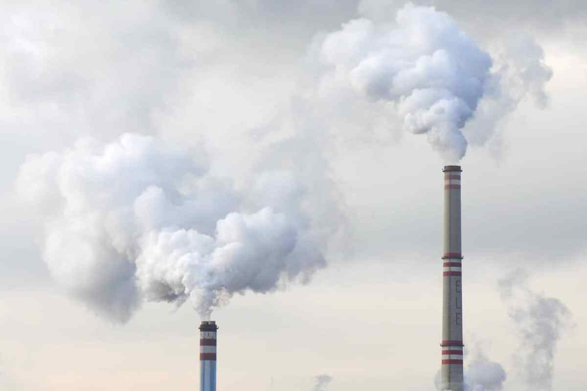https://i0.wp.com/thesubmarine.it/wp-content/uploads/2018/05/cloud-plant-steam-building-smoke-environment-1159740-pxhere.com_.jpg?fit=1200%2C800&ssl=1