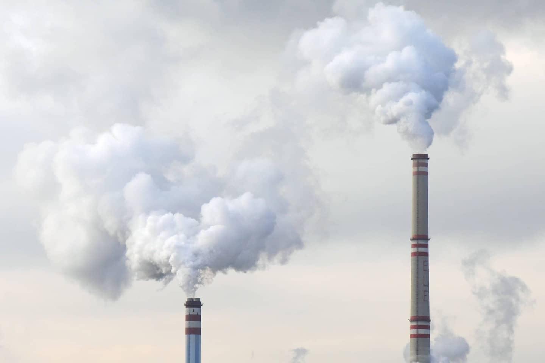 Perché è necessario tassare le emissioni di carbonio