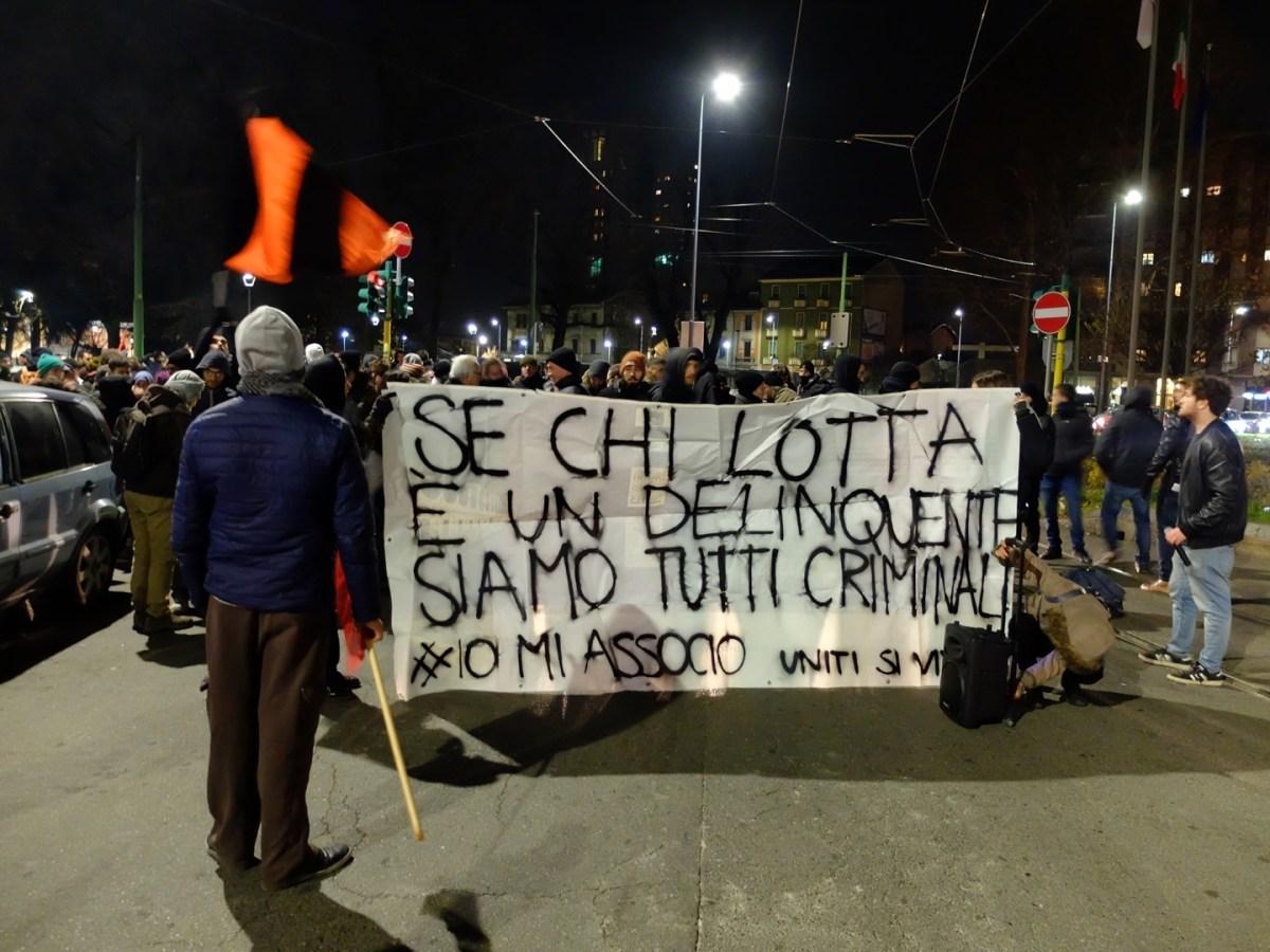https://i0.wp.com/thesubmarine.it/wp-content/uploads/2018/12/giambellino-proteste.jpg?fit=1200%2C900&ssl=1