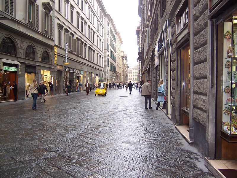 https://i0.wp.com/thesubmarine.it/wp-content/uploads/2019/04/800px-Florence_020_streets_of_Florence.jpg?fit=800%2C600&ssl=1