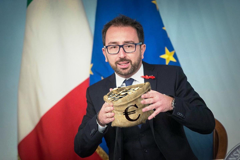 """Il carcere per i """"grandi evasori"""" non è la lotta all'evasione fiscale che serve in Italia"""