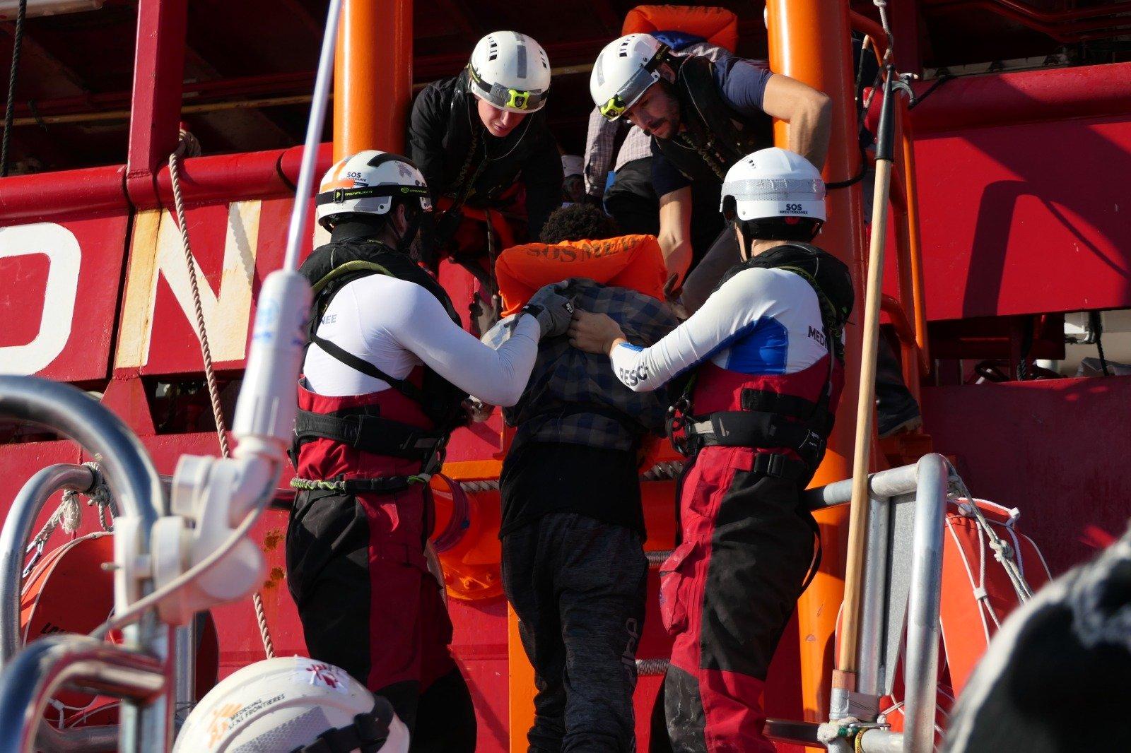 198 persone in fuga dalla Libia aspettano un porto sicuro