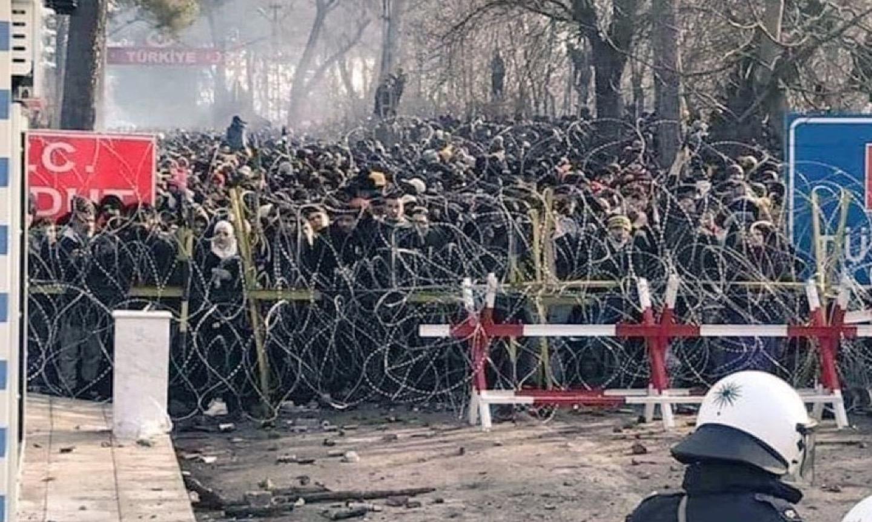 Cosa sta succedendo al confine tra Grecia e Turchia