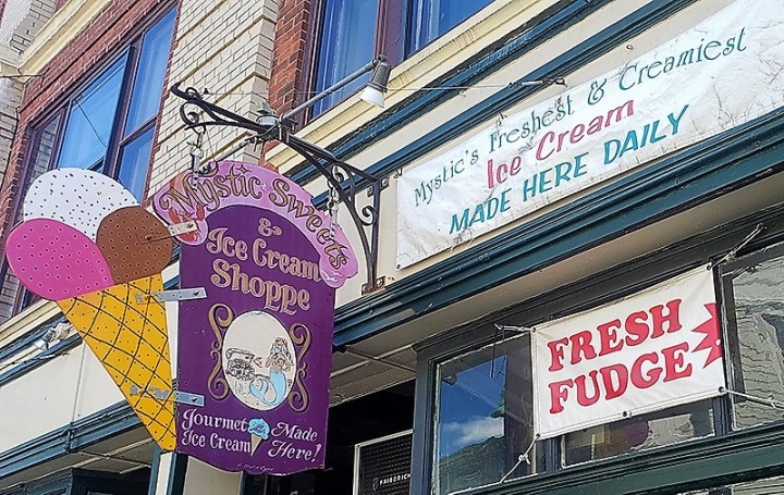 Satisfy Your Sweet Tooth: 8 Local Chocolate & Candy Shops Near Groton