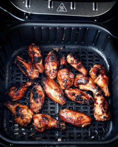 chicken wings in air fryer basket