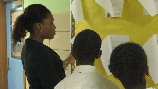 2007 - Jamilah Ryan '95 becomes the first Alum to teach with Steppingstone