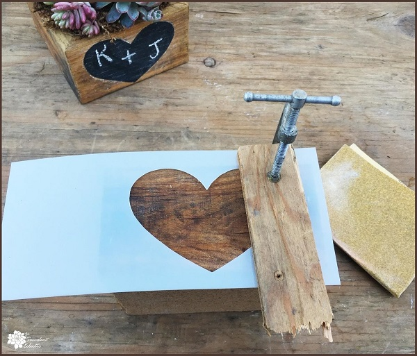 Valentine's Day DIY clamping heart stencil
