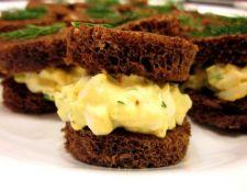 egg salad tea sandwich via spark people