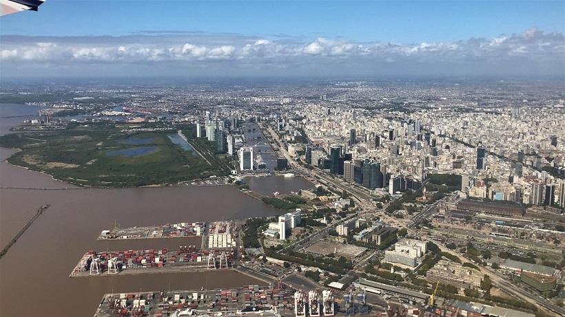 Norwegian flight overlooking Buenos Aires Budget Breakdown Exploring Buenos Aires and Mendoza (Argentina)
