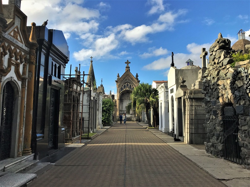 Recoleta-Cemetery-Budget-Breakdown-Exploring-Buenos-Aires-and-Mendoza-Argentina-1